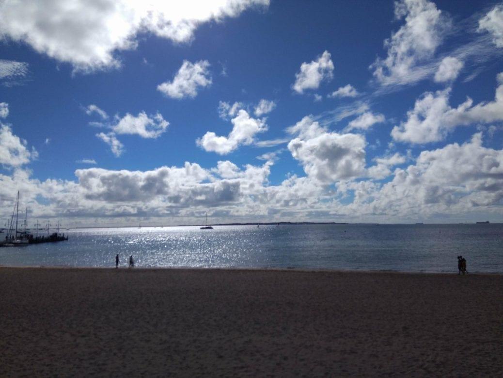 Eight on the Beach, Rockingham