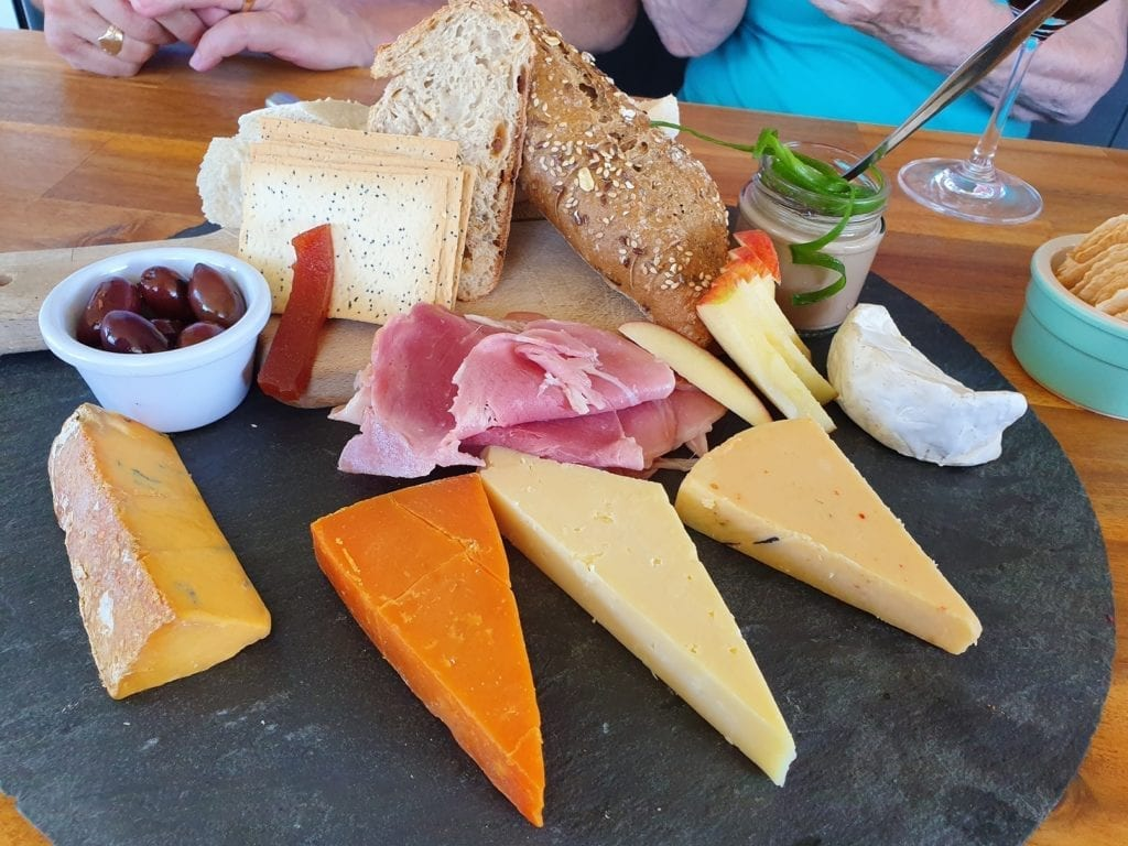 The Cheese Barrel, Milendon