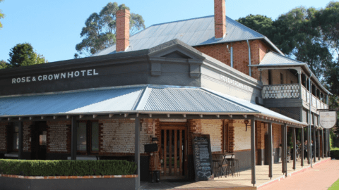Historic Pubs in Perth